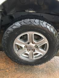 Vendo rodas da ranger com pneus bf 265/70/17