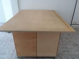 Mesa para corte costura, artesanato, etc