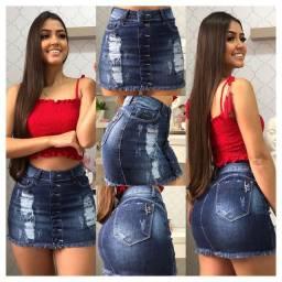Saia e shorts jeans
