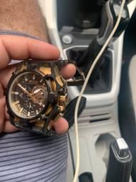 Relógio invicta semi novo