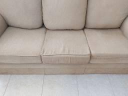 Sofá Mega Confortável