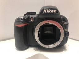 Câmera Nikon D3100 DSLR (só o corpo)