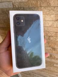 iPhone 11 64gb preto lacrado 1 ano de garantia Apple