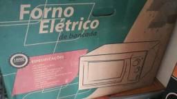 Forno elétrico e bancada