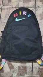 Mochila Nike original 21 litros