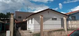 Casa para Venda em Ponta Grossa, Santa Paula, 4 dormitórios, 2 banheiros, 3 vagas