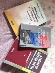 Livros do curso de serviço social