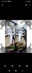 Sandália em couro num.35
