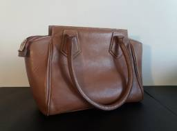 Bolsa de couro cor caramelo