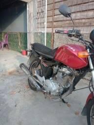 Título do anúncio: Vende-se uma moto Sousa