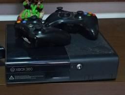 X box 360 desbloqueado com 02 controles