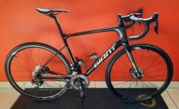 Bicicleta Giant Defy Advanced