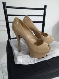 Vendo sandálias e sapatos da Carmen Steffens, Schutz e Santa Lolla