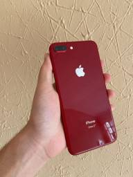 iPhone 8 Plus 64 gigas semi novo!