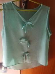 Blusa Verdinha com lacinhos M