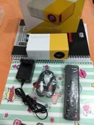 Mini projetor portátil