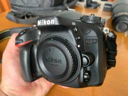 Nikon D7100 DSLR - corpo, grip, carregador, bateria e cartão