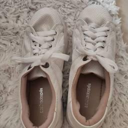 Tênis branco da sonho dos pés