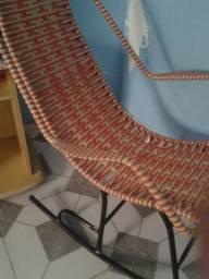 Grande vitoria vendo cadeira de balanço nova nogocio