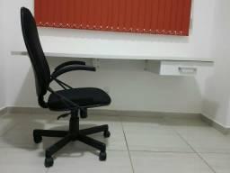 Mesa de escritório/ Cadeira giratória de escritório