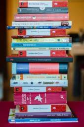 Compro e Vendo livros usados. Sebo cultural CB-63! Pago á vista, retiro no local!