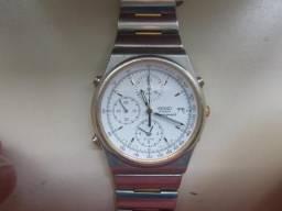 Relógio marca Seiko, quartz, cronógrafo muito preciso