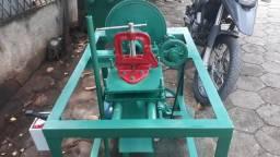 Máquina rosqueadeira 14 a 1 polegada