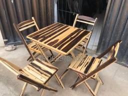 Mesa e cadeira Novo
