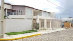 Casa com 510 m² no condomínio Assunção de Maria - Venda