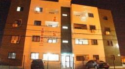 Apartamento em Candeias, 2 quartos, 1 suíte, varanda e nascente