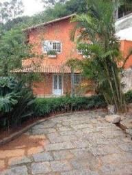 Casa Nova 3 Quartos (1 Suite) 4 Vagas 168m² em Correas RJ