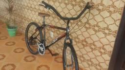 Bicicleta aro 26 aceito cartão