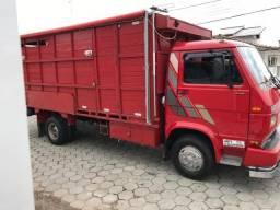 Caminhão motohome com boiadeira - 1994
