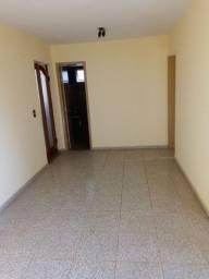 Apartamento com 2 quartos, montado em armários, oportunidade