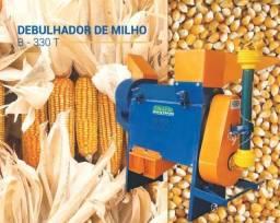 Promoção - Debulhador de Milho acionado a Trator