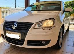 Polo Sedan 2011 1.6 - Baixa Quilometragem