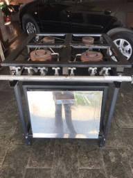 Vende-se fogão 4 bocas industrial com forno
