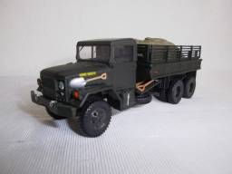 Miniatura caminhão M35 A1 Corgi escala 1/50