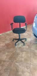 Cadeira Giratória Girofles