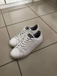 Sapato adidas - pouquíssimo usado