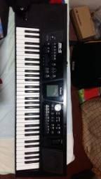 Teclado Roland bk5