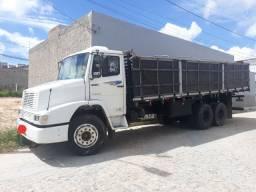 Vendo caminhão 1418E 1992/1993