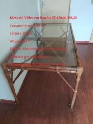 Mesa de Vidro em Bambu