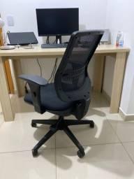 Cadeira Flexform une
