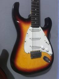 Guitarra Dolphim muito conservada
