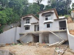 Casa com 3 dormitórios à venda, 112 m² por R$ 590.850,00 - Flamengo - Maricá/RJ