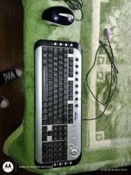 Vendo teclado e mouse basico