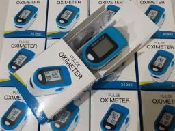 Oxímetro de Dedo O2 SpO2 com Sensor de Pulsação/Oxigênio no Sangue