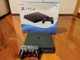 PS4 Slim 500 GB c/ controle original