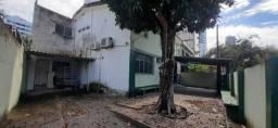 MADALENA - EXCELENTE CASA COM 10 QUARTOS PARA RESIDENCIA OU COMERCIO
